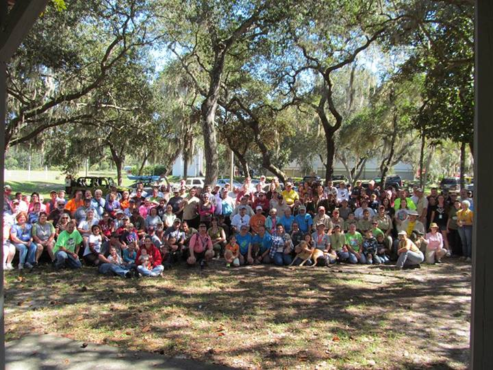 Group photo from The 2013 Florida Finder's Fest