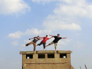 Choreographed happy dances on top of the bridge. Photo by geocacher HeideParkSoltau