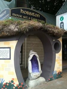 A Hobbiton monument. Photo by geocacher quinella.