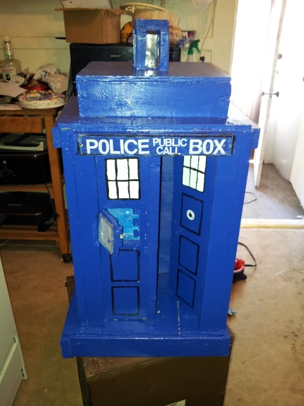 The TARDIS puzzle. Photo courtesy of carlep_99