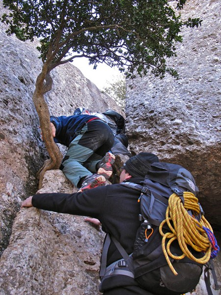Climbing narrow channels.